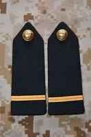 E02 passant pattes d'épaule épaulettes fourreaux insigne militaire armée galon