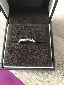 ernest jones wedding ring white gold Size K