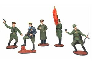 Set of toy lead soldiers World War II Russians tin miniature handmade painted