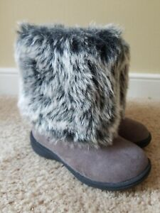 Carters Toddler Girl's Gray Faux Fur & Suede Eskimo Boots, Size 6 T