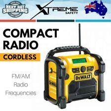 New DEWALT 10.8V-18V XR Li-ion Portable FM/AM Compact Radio - Skin Only