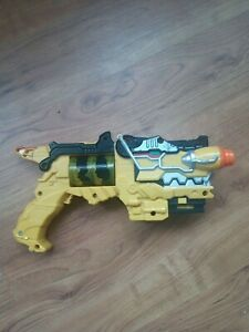 Bandai Power Rangers Yellow Dino Charge Morpher Gun with lights & sounds
