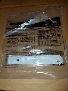 ClosetMaid Corner Shelf Support #1001 NOS factory sealed Free Shipping