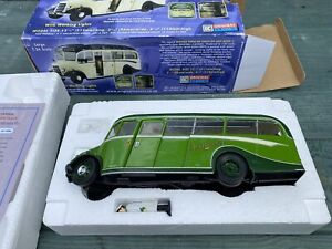Original Classics 1/24 Bedford Duple OB Coach With Working Lights New
