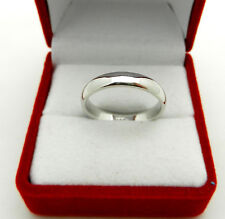 Solid 14k White Gold Wedding Band Ring 3.8 grams size 8