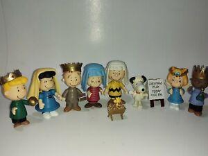 Peanuts Christmas Pageant Play Mini Figure Set Nativity Snoopy Charlie Brown
