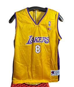 Los Angeles Lakers Vintage NBA Kobe Bryant #8 Jersey Champion Kids Large Used