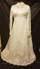 Vintage Off White Lace Pearls Wedding Dress Nwt
