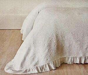 New Piubelle King Coverlet Matelasse 100% Cotton White Farmhouse Paisley Quilt