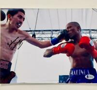 WBC Champ LEO SANTA CRUZ Autograph Signed 8x10 8.5x11 Photo w/ BAS Beckett COA