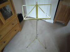 FOLDING MUSIC STAND - GOOD CONDITION AND METAL MADE