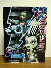 Monster High Doll Frankie Stein Ghoul's Alive Ghouls MIB MINT NEW LIGHTS UP