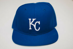 Kansas City Royals MLB Snapback Brand New New Era wool Vintage small/medium NWOT