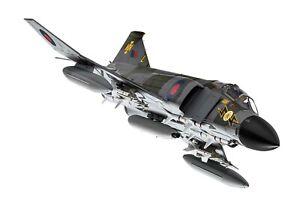 PHANTOM FG1 XV592/L RAF NO.111 SQN 1970S PO - CORGI AA27902 1/48