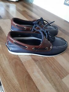Timberland Deck Shoes Size Uk 7 in blue with brown trim