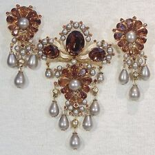 Vintage 1960s Crown Trifari Jewels of India very rare root beer brooch earrings