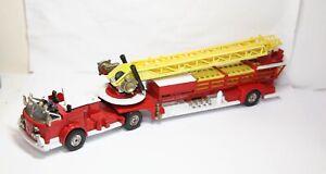 Corgi 1143 American La France Fire Engine - Good Vintage Original Model