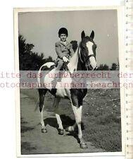Original Press Photo: 1960 Me & My Horse 7 year-old Linda Goulden Virginia Waters