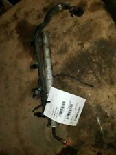 FUEL RAIL WITH FUEL INJECTORS 2.2L FITS 2004 CHEV CAVALIER 274263