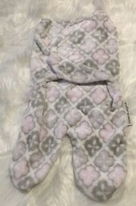 Blankets & Beyond Swaddle Blanket in Pink And Grey (0-3 Months)