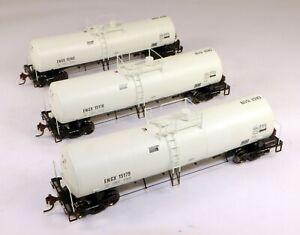Athearn #94821 (3) Clay Tank Cars Engelhard Corporation 1/87 HO Scale