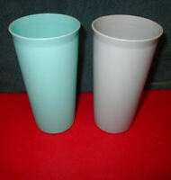 New 2X Lot TUPPERWARE 8 oz STACKING Bell TUMBLERS Country PASTELS #1348 Vintage