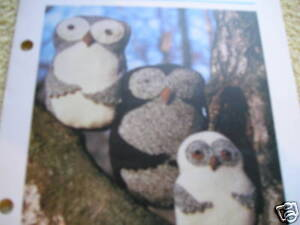 KNITTING PATTERN FOR 3 OWL CUSHIONS /TOYS.