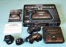 Sega MEGA DRIVE II Konsole + 2 Controller - komplett mit OVP box