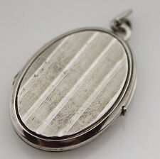 Vintage Locket Sterling Silver 925 Chased Pendant Costume Jewellery Solid Oval 8