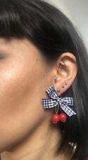 Boucles d'oreilles deux 2 cerises feuille noeud tissu vichy noir pinup rétro