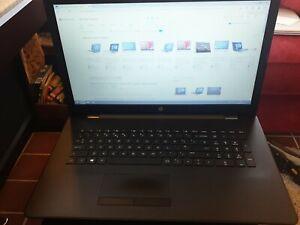 HP laptop 17-ak014 17 Inch Screen