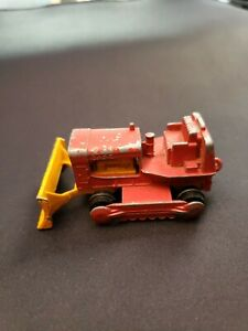 Matchbox Series No. 16 Case Bulldozer Tractor Made in England By Lesney