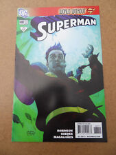 Superman 688 . DC 2009 . VF