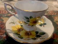 Vintage TEA CUP Royal Standard Fine Bone China, England