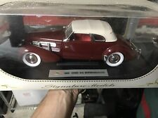 1937 Cord 812 Supercharged 1:18 Signature Edition. New