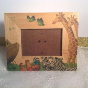 Noah's Ark Wood Photo Frame Holder 3''x5'' Photo Size EUC**