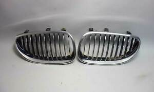 2004-2010 BMW E60 5-Serties E61 Factory Front Kidney Grille Pair Chrome OEM