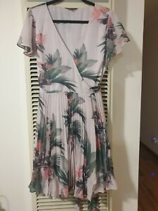 Portmans floral wrap dress size 14