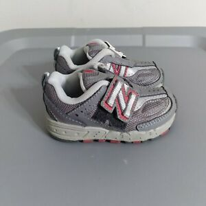 New Balance 650 Toddler Baby Boys Size 4 Shoes Gray/Red Athletic Strap Sneakers