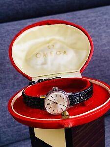 Authentic Vintage Ladies Mechanical Omega Calibre 650 Watch