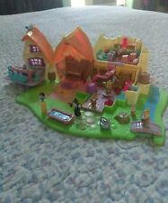 Polly Pocket Snow white and the seven dwarfs complete cottage
