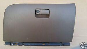 97-01 INFINITI Q45 Q45T DASH INSTRUMENT PANEL GLOVE STORAGE COMPARTMENT BOX DOOR