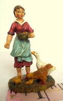 Grandeur Noel Village Woman Feeding Chickens Bethlehem Nativity Christmas 2003