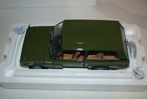 Almost Real 1/18 Scale ALM81010 Range Rover 1970 Lincoln Green Mint condition