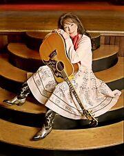 Loretta Lynn 8 x 10 / 8x10 GLOSSY Photo Picture IMAGE #3
