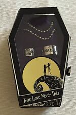 JACK AND SALLY NIGHTMARE BEFORE CHRISTMAS LOVE NEVER DIES 2 RING SET IN COFFIN