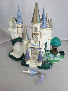 Vintage Trendmasters Polly Pocket Disney Beauty and The Beast Castle 1998