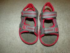 TODDLER BOY'S SIZE 8 BROWN/RED SANDALS