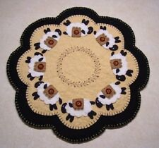 Penny Rug/Candle Mat~*PATTERN*~ShEEp Applique