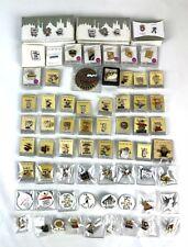 LOT DE 70 PINS ET UNE MÉDAILLE COMMÉMORATIVE. JEUX OLYMPIQUES. BARCELONA. 1992.